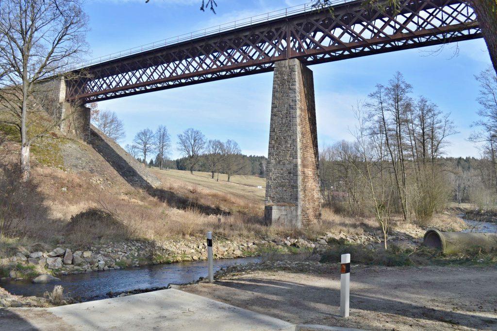 Holubovský viadukt roku 2015 [zdroj : Zdeněk Hosman]