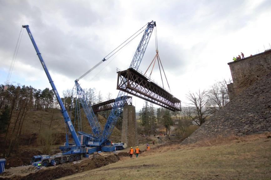 snesení a modernizace mostu v Holubově [zdroj : APB Plzeň, 2015]